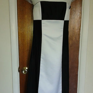 Jessic McClintock Black & White strapless gown 8